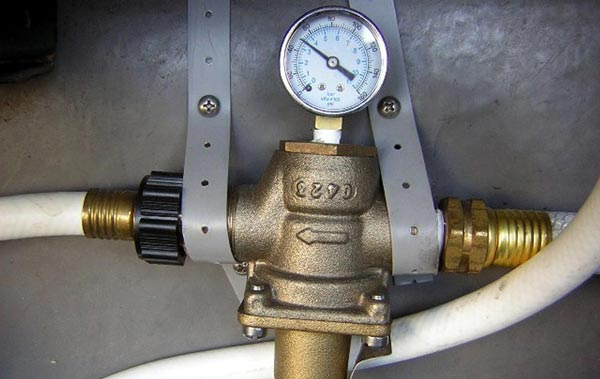 Best RV Water Pressure Regulator
