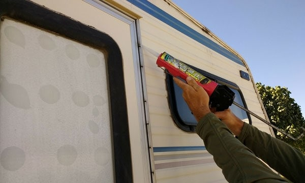 9 Best RV Caulks Reviewed and Rated in 2019