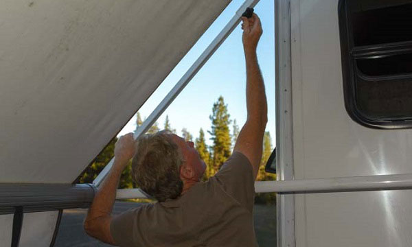 the-Best-RV-Awning-Cleaner-reviews