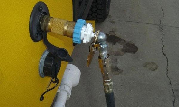 right-water-pressure-regulator-for-rvers