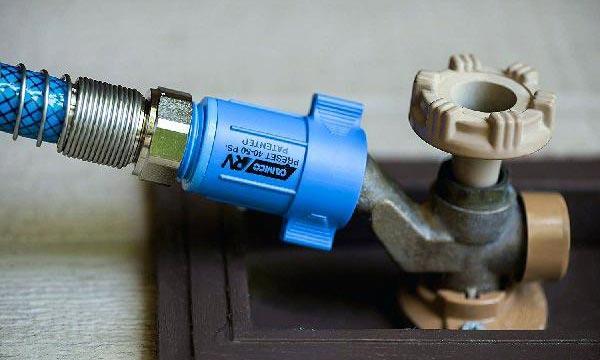 water-pressure-regulator-rv-blue-one