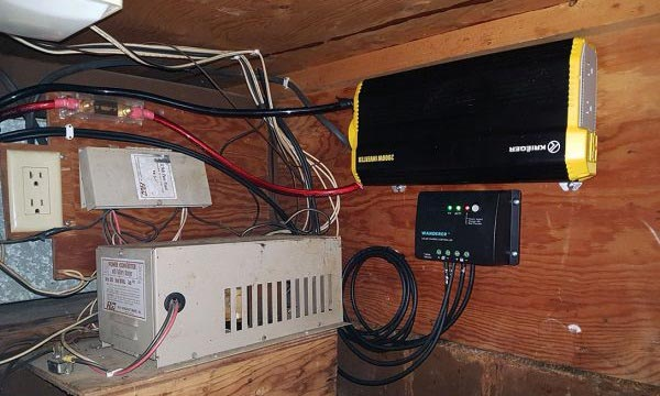 12v-solar-charge-controller