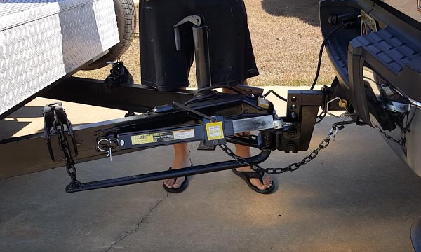 best-weight-distribution-hitch-with-sway-control