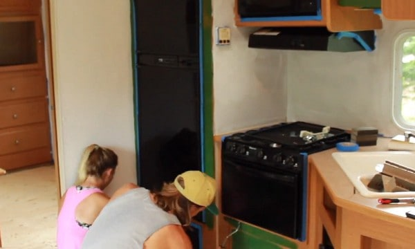 how-to-paint-rv-cabinets