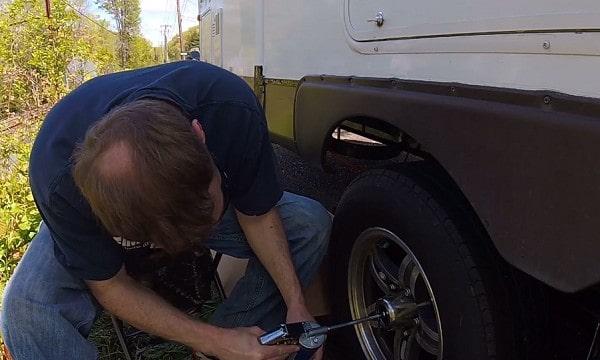 rv-wheel-bearing-grease