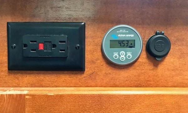 rv-battery-monitoring-systems