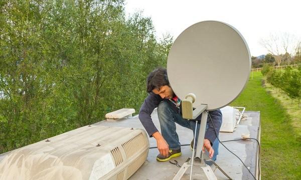 best-tailgate-satellite-dish