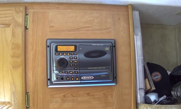 rv-stereo-system