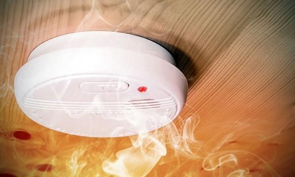 12-volt-carbon-monoxide-detector