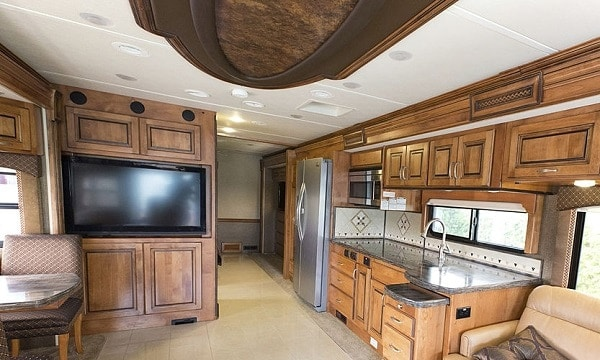 small-smart-tv-for-rv
