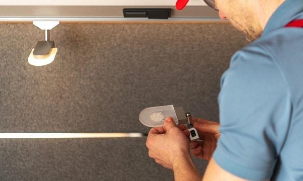 how to change rv ceiling light bulb