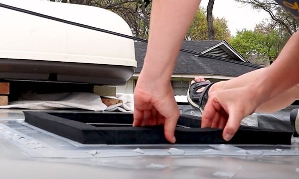how to replace the rv air conditioner gasket