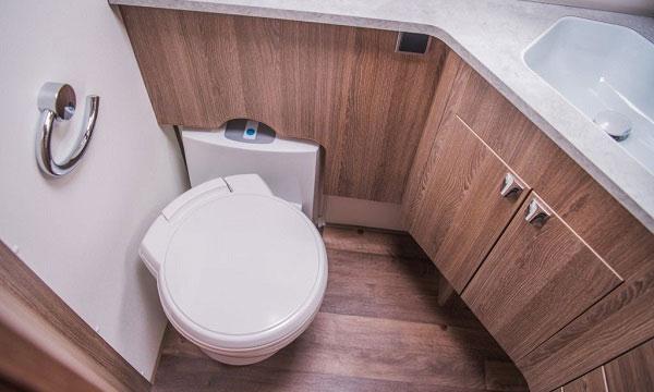thetford vs dometic rv toilet